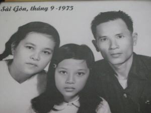 Ảnh chụp gia đình bà Vương Thanh Liêm