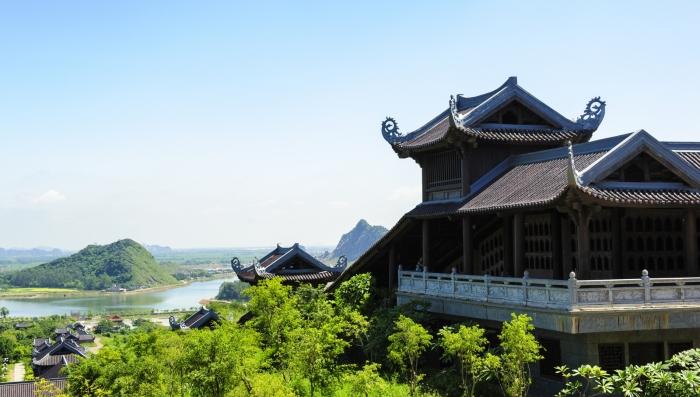 Emeralda_Bai Dinh pagoda_002